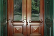 Italianate style front entry vestibule